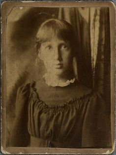 Virginia Woolf aged 13, in 1895.