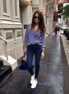 Fashion Outfits Casual Jeans Shoes Ideas For 2019 Sneakers Outfit Work, Suits And Sneakers, Sneaker Outfits Women, Sneakers Fashion Outfits, Outfit Jeans, Outfits With Skinny Jeans, Fashion Clothes, Sneakers Style, Jeans Shoes