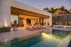 Частный дом со стильным интерьером в Лос-Анджелесе и захватывающим видом на город