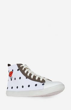 DV8 Dolce Vita Karie Sneakers. Shop now at DailyLook! DOPE
