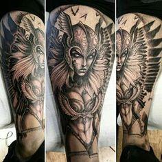 valkyrie tattoo - I'm in love Valkerie Tattoo, Norse Tattoo, Tattoo Now, Viking Tattoos, Chest Tattoo, Bild Tattoos, Love Tattoos, Body Art Tattoos, Mythology Tattoos