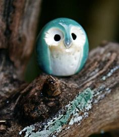 owl. I wonder if I could make this little guy from air dry clay and paint it.