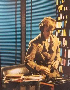 "not-a-piece-of-teenage-wildlife: "" David Bowie in the DJ music video, 1979 "" Dj Music Video, Dj Video, Music Videos, Tin Machine, Mick Ronson, David Bowie Ziggy, Aladdin Sane, The Thin White Duke, Ziggy Stardust"