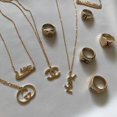 Trendy Jewelry, Cute Jewelry, Luxury Jewelry, Gold Jewelry, Jewelry Accessories, Fashion Accessories, Fashion Jewelry, Dior Jewelry, Jewellery Earrings