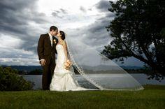 Google Image Result for http://www.sherribarber.com/wp-content/uploads/2009/06/wedding-portraits.jpg