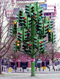 The Traffic Light Tree that was near London's Canary Wharf, sculpture by Pierre Vivant.