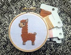 CROSS STITCH KIT: Alpaca Cross Stitch Kit Cute por jimjamcrafts