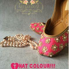 Indian Shoes, Punjabi Salwar Suits, Shoe Art, Beautiful Shoes, Hand Making, Anarkali, Lehenga, Indian Dresses, Indian Clothes