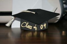 Graduation Cap Card on Wild Card Cricut Cartridge and Some Other Graduation Cart Images Listed