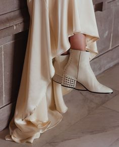 """6c64b63634 A Practical Wedding on Instagram  """"Can we take a minute to talk about  wedding shoes  Or more like wedding boots  Or brogues  Or platforms"""