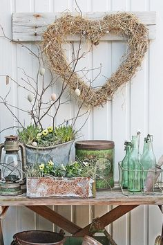 Peaceful Yet Lively Scandinavian Spring Décor Ideas. Pinned by #ChiRenovation - www.chirenovation.com