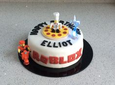 My Efforts On A Roblox Birthday Cake For My 10year Old