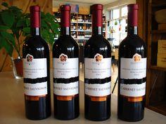 Zaujímavé vína z PD Mojmírovce nájdete aj v našej ponuke. www.vinopredaj.sk  Cabernet Sauvignon DSC 2013 Víno intenzívnej červenofialovej farby. V širokej vôni sa prelínajú tóny pupeňov čiernej ríbezle a černíc. Jedinečnú a bohatú chuť lekváru z plodov lesného ovocia dotvára excelentný tanín.  #pdmojmirovce #cabernetsauvignon #cabernet #nitra #vinarstvo #vinohradnictvo #mojmirovce #slovensko #vino #wine #wein #slovakia #slovak #milujemevino #mameradivino #vinomilci #winelovers