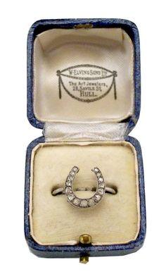 antique horseshoe diamond ring