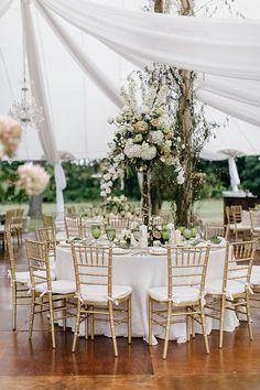Emily Wren Photography http://www.brides.com/blogs/aisle-say/2016/06/pennsylvania-inn-garden-wedding-ideas-emily-wren-photography.html