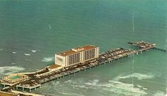 Flagship Hotel, Galveston -  shows the swimming pool and how you could park all along Galveston Texas, Galveston Island, Texas Texans, Texas History, Local History, Loving Texas, Road Trip Essentials, Travel Tours, Travel Destinations