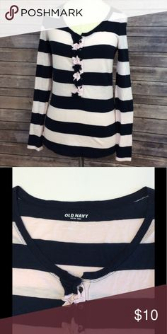 Old Navy ruffle Henley pink stripe size M Old Navy ruffle Henley pink stripe size M, made of 60% cotton and 40% modal. This very light pink and blue stripe shirt has a button front with ruffle. Measurements taken from the back with the garment laying flat, pit pit 16 inches sleeve 26 1/2 inches and length 26 inches, all measurements are approximate. GUC questions??? Please ask Old Navy Tops Tees - Long Sleeve