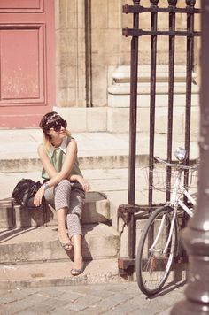 bicycles bikes Paris streetstyle fashion outfit cute couple stroll ride