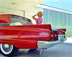 Model with a 1958T-Bird.
