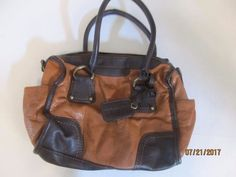 WOMEN'S TWO TONE BROWN PURSE FROM ST. JOHNS BAY #StJohnsBay #ShoulderBag