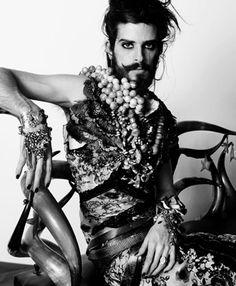 Devendra Banhart by Jean-Baptiste Mondino. singer-songwriter and visual artist Carmen Miranda, Style Indien, Portrait Photography, Fashion Photography, Jean Baptiste, Gender Bender, Glamour, Portraits, Androgyny