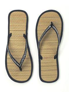 Sparkle Flip Flop (shown in midnight)