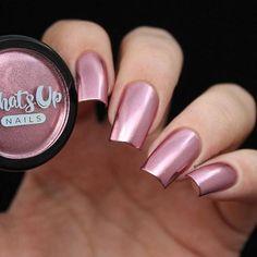 Rose Chrome Powder For Mirror Nails Gel Nail Polish, Gel Nails, Acrylic Nails, Manicures, Beautiful Nail Polish, Beautiful Nail Designs, Polish Words, Rose Gold Chrome, Rose Gold Nails