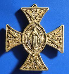 St Patrick pectoral cross with Irish nationalist symbolism (late 19th century) 7 by RETRO STU, via Flickr