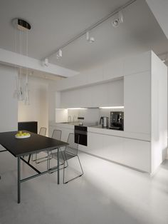 minimal kitchen Monochromatic decor sets a contemporary tone in these cool open plan design schemes. Contemporary Kitchen Design, Interior Design Kitchen, Contemporary Decor, Minimal Kitchen, Kitchen Black, Kitchen Modern, Black Kitchens, Appartement Design, Minimalist Interior