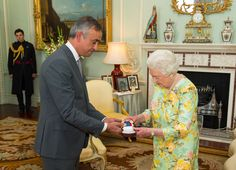 """Royal Life Magazine on Twitter: """"Queen Elizabeth II presents Lord Darzi of Denham with the insignia of members of the Order of Merit"""