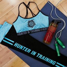 Training Session // Supernatural Teal Sports Bra & Active Capris