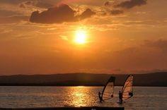 A Velencei tó naplementében.