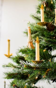 DIY paper candles for your Christmas tree