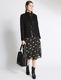 Get ahead of the upcoming season with our selection of new in women's clothing. Shop on-trend items, layering pieces and stylish accessories at M&S New Fashion, Fashion Looks, Womens Fashion, Looks Street Style, Hobo Bag, Clothes For Women, Stylish, Pocket, Shopping