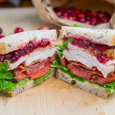Thanksgiving Leftover Turkey Cranberry Sandwich {Thanksgiving Meals}