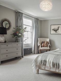 Decor Inspiration : Stunning Georgian townhouse, recently renovated In Central London Townhouse Interior, Georgian Townhouse, Georgian Homes, Bedroom Loft, Home Decor Bedroom, Bedroom Ideas, Bedroom Inspiration, Modern Bedroom, Master Bedroom