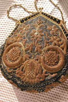 1920's Purse Embroidered Silk Bag Beaded Deco Frame