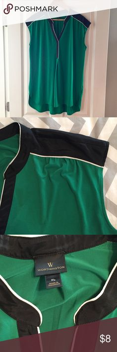Worthington Jersey Tank Soft, thick knot top in rich green with black trim and white piping. Split neck with subtle ruching at the shoulders. Flows beautifully on. 22 in across the bust, 30 length. EUC. Worthington Tops Tank Tops