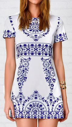 Pre-order 20% Off Now,Ladies! $21.99,Free shipping&Easy Returns+Refund! Blue and white porcelain mini dress is the supper cute and wonderful. The slim style on this beauty is so trendy and chic! Follow your heart with it at Cupshe.com !