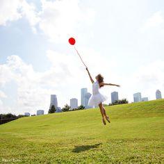 Ballet Zaida: The Balloons - Zaida . The dancer is Liana Carpio.