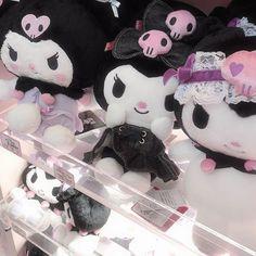 Japanese Aesthetic, Aesthetic Grunge, Pink Aesthetic, Travel Aesthetic, Signes Zodiac, Emo Princess, Hello Kitty My Melody, Kawaii Goth, Kawaii Plush