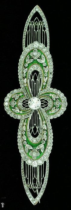 Art Deco diamond brooch Old European cut diamonds , rose-cut diamond , Platinum & Gold , enamel Europe around 1920