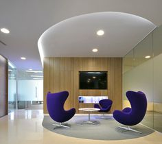 Spaces like this can be used as a client waiting area, breakout space or informal meeting area.