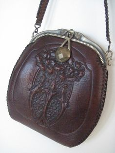 Art Nouveau Ladies Tooled Leather Vintage Bag