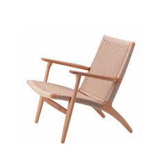 Most conservatory furniture tends to be cheap and made of whicker - that's not the case with the the Hans Wegner CH 25 armchair. Lounge Seating, Occasional Chairs, Living Room Sofa, Dining Room, Fine Furniture, Solid Oak, Scandinavian Design, Interior Inspiration, Outdoor Chairs