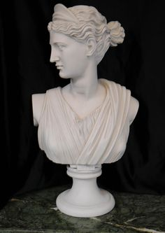 Hand Carved Italian Bust Goddess Diana Faux Marble Marble Bust, Court Dresses, Roman Art, Classic Looks, Diana, Hand Carved, The Past, Carving, Tattoos