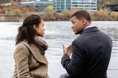 Review: In 'Concussion,' a Doctor's Cri de Coeur Against Football's Risks - NYTimes.com