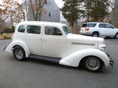 1935 Plymouth PJ - Street Rod - 350 / 700R4