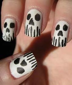 Halloween nail designs - Ghosts.   LUUUX