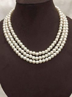 Three Tier Classic Pearl Neckpiece with Gold